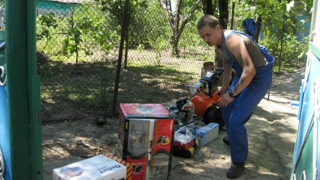 Alexander from Moldova: Assistance with renovating a welding workshop