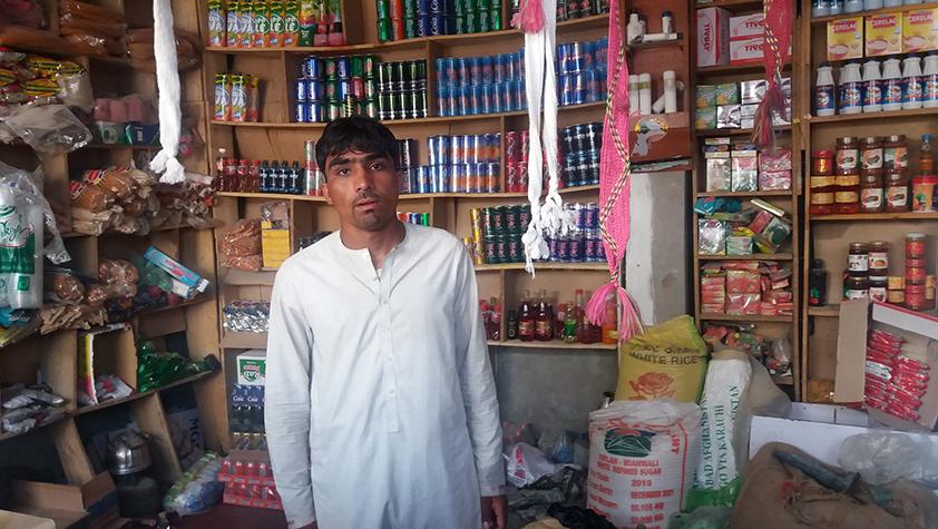 Faisal z Afganistanu: Som spokojný, mám prácu v potravinách a stabilný príjem